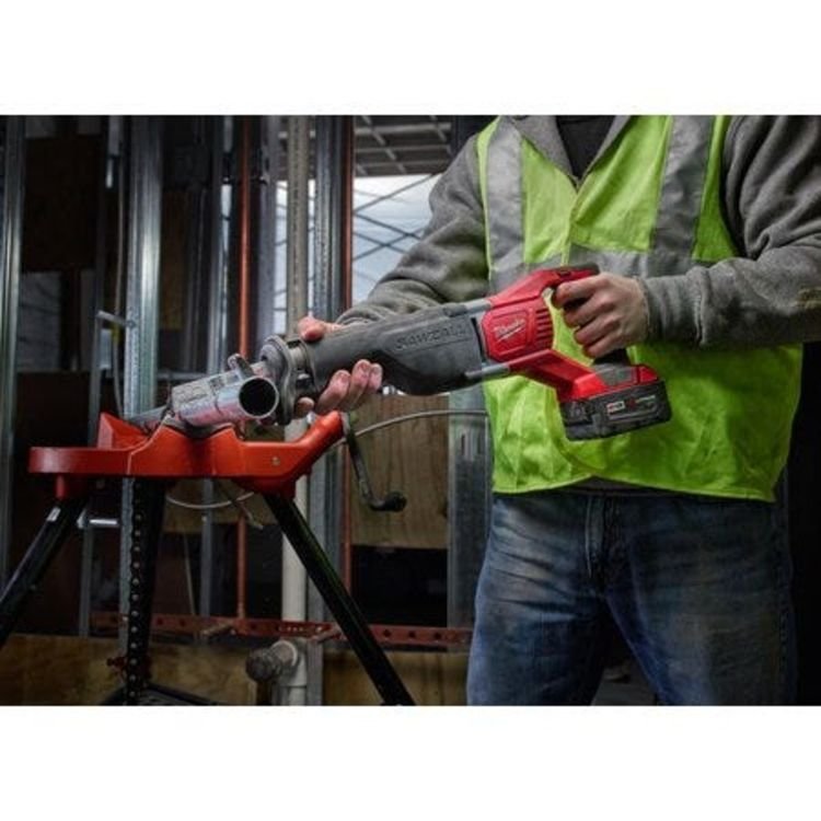 View 7 of Milwaukee 2621-21 Milwaukee 2621-21 M18 Sawzall Reciprocating Saw  Kit- 1 Battery