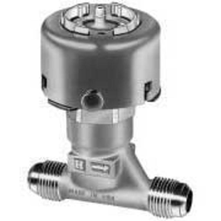 honeywell vp527a1034 u two way unitary water valve plumbersstock. Black Bedroom Furniture Sets. Home Design Ideas